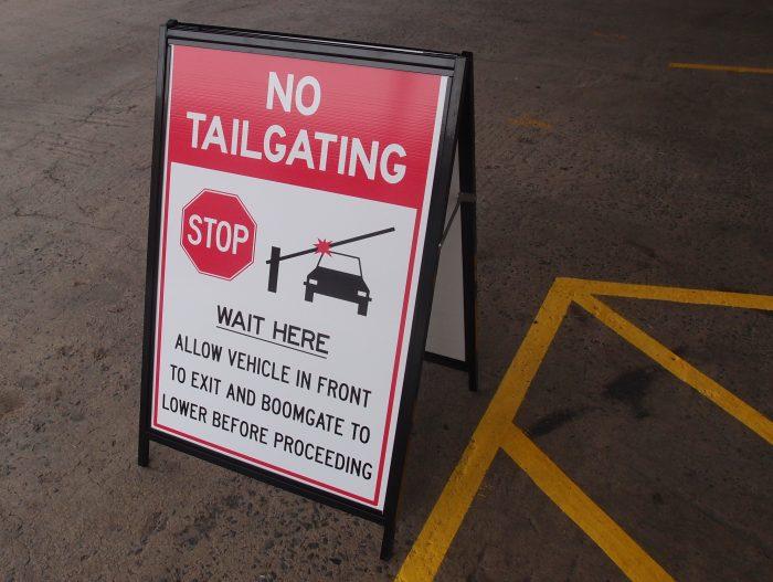 No Tailgating car park signage