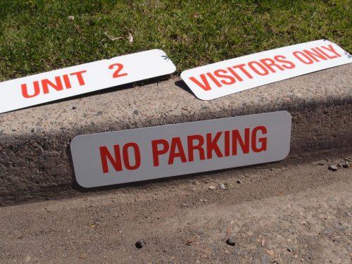 Car Parking Kerb Signs
